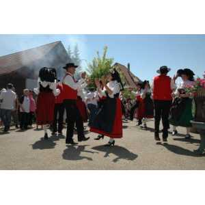 Jumelage avec folklore Alsacien